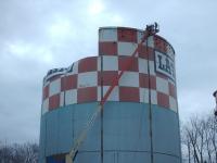 Latham-Tanks-removal-030