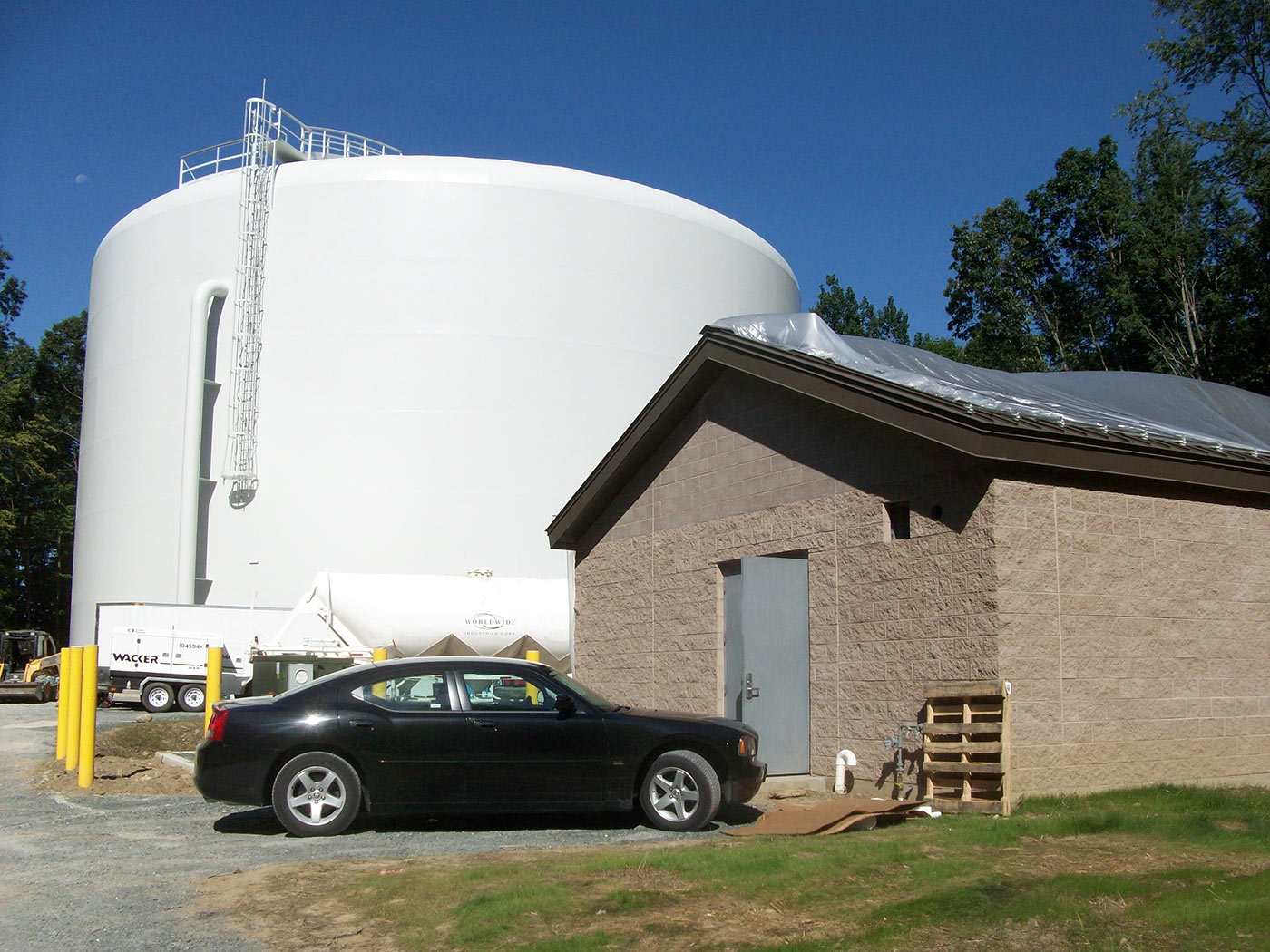 Latham-Tanks-removal-046